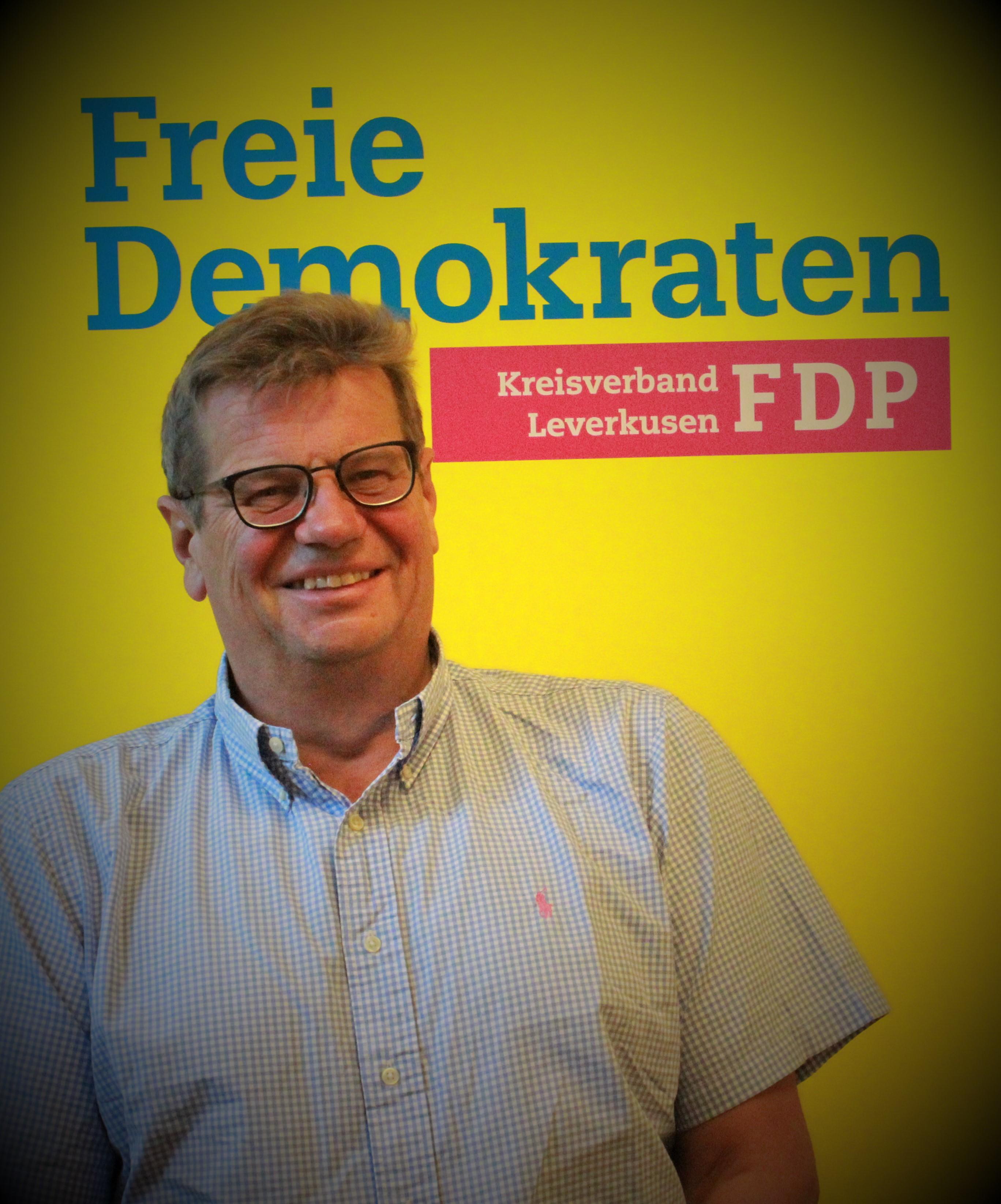 Dr. Guido Fischer